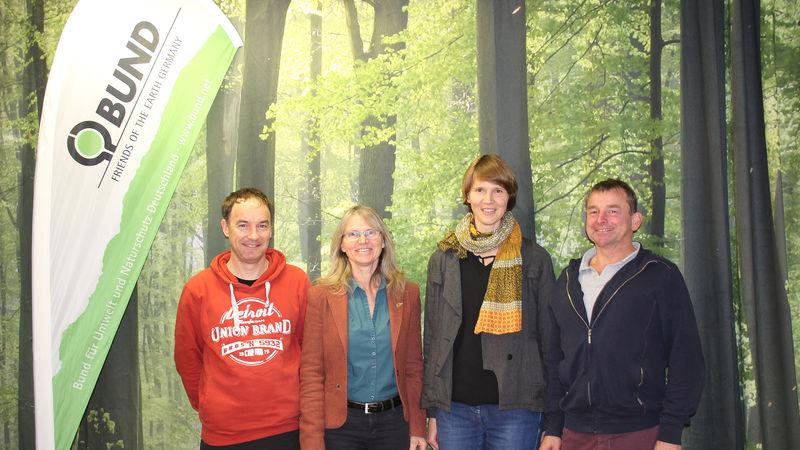 Vorstand der BUND Ortsgruppe Detmold: Peter Harlos, Birgit Reher, Alexandra Kazmierczak und Dirk Fleischhauer